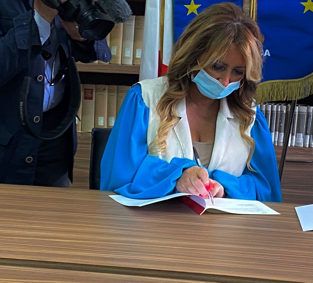 La Ds. Prof. Avv. Simona Sessa firma la convenzione
